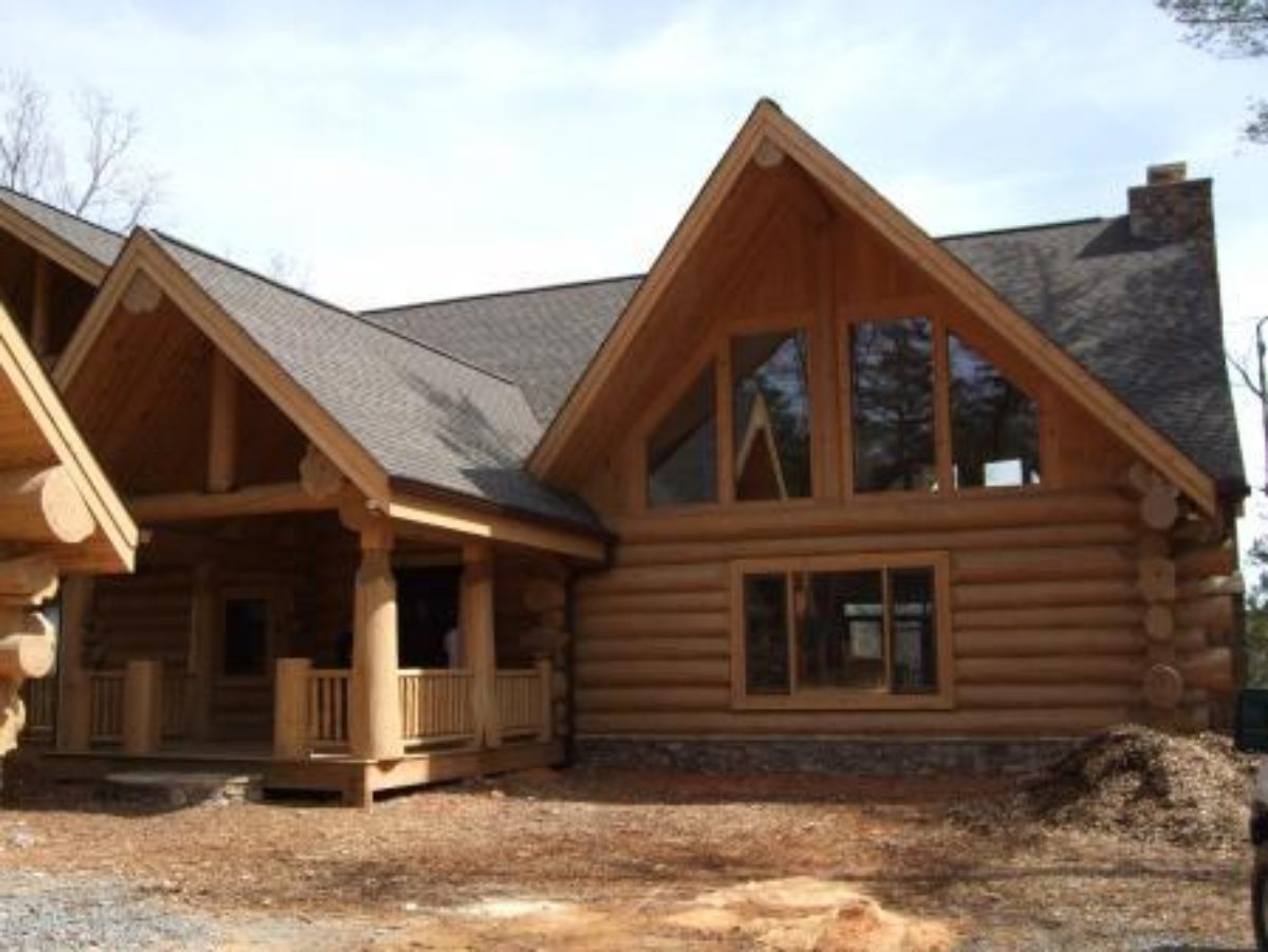 Log homes canada for Home builders in canada
