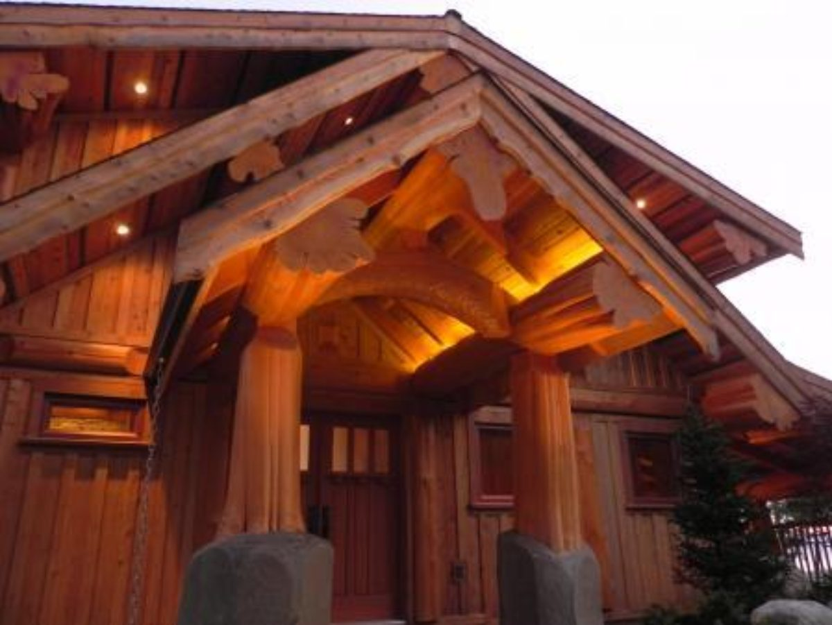 Natural Beauty Of Western Red Cedar Our Builders Create Custom Log Homes That Transcend The Character Wood Resulting In Structural Works Art